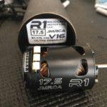 R1 WORKS 製モーター再投入です